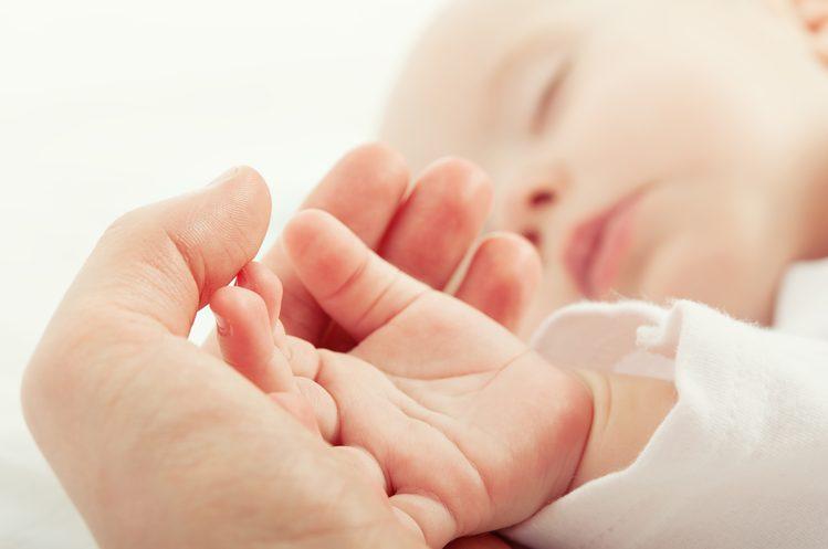 नवजात शिशु के सर्दी और जुखाम में इन बातों का सदैव ध्यान रखें