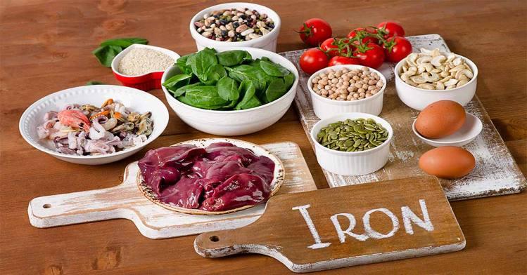 स्तनपान कराने वाली महिलाओं के लिए iron से भरपूर आहार