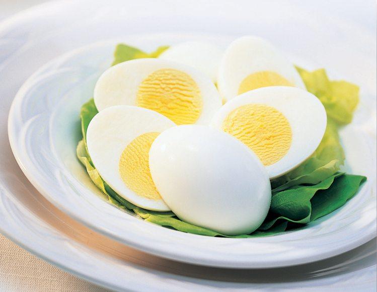 6 Month के शिशु को कितना अंडा देना चाहिए how many egg you can feed to a 6 month old