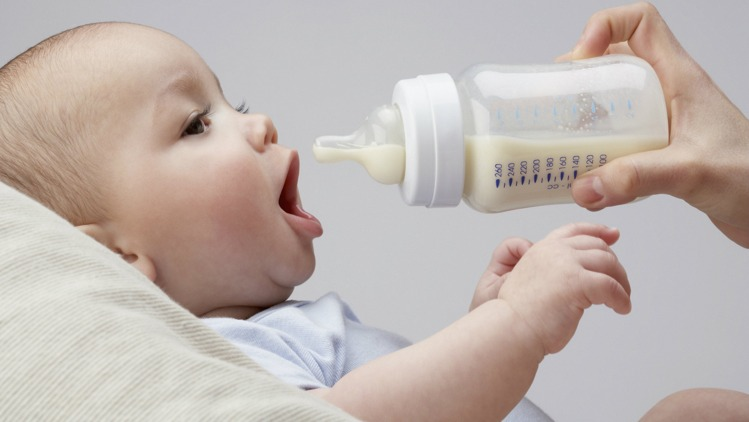 Can-you-mix-two-types-of-baby-formula