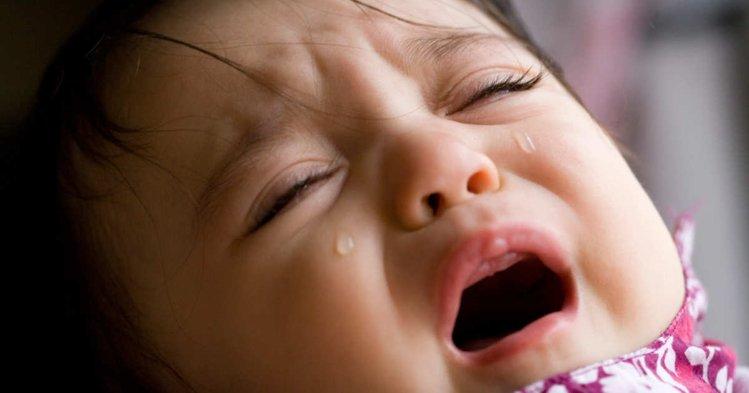 Image result for बच्चों में दांत निकलना